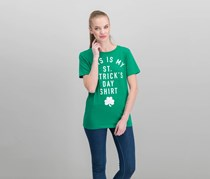 Women Juniors St. Patricks Day Graphic Top, Kelly Green