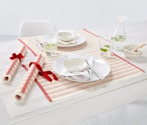 Place Mats Set of 4, Red/White