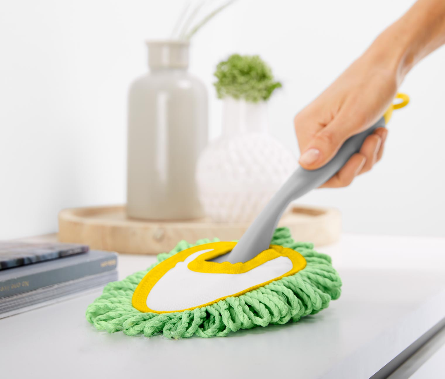 Microfibre Dusting Duster, Green/Yellow
