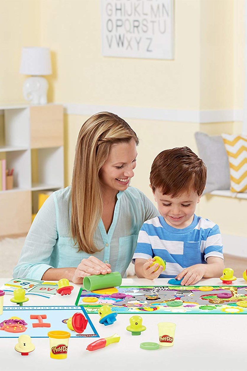 Play-Doh Shape and Learn Letters and Language, White Combo