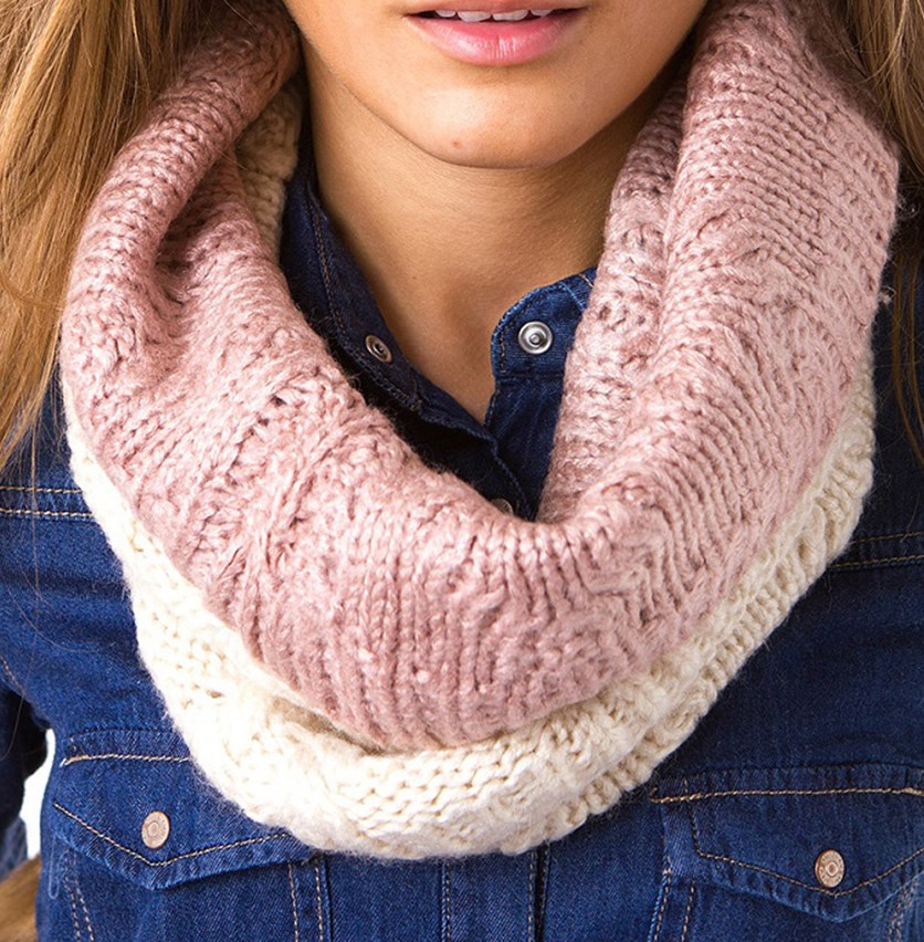 Women's Ombre Textured Scarf, Ivory/Pink