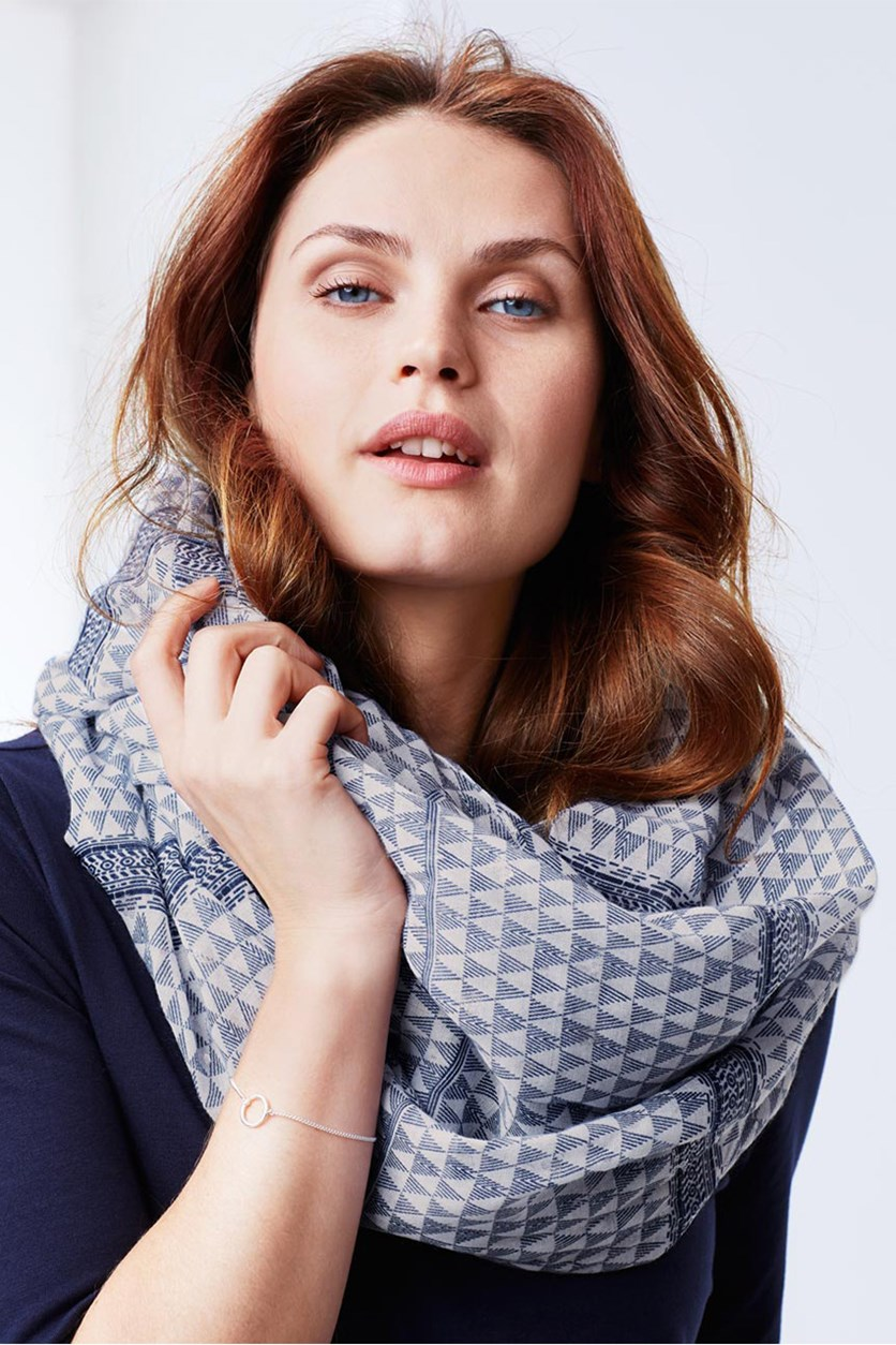 Women's Hollow Scarf, Blue/White