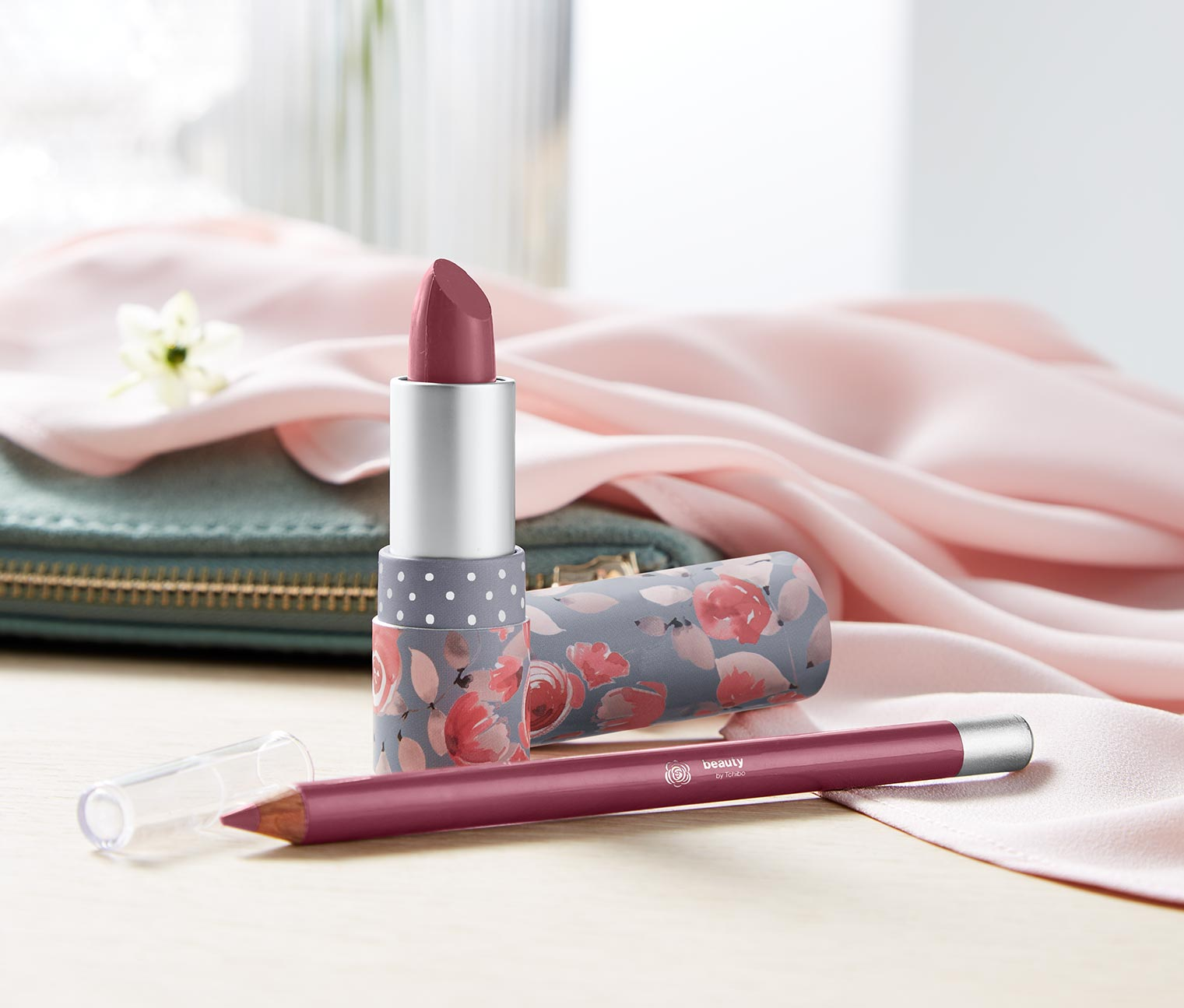 Women's Lipstick and Lip Liner, Berry
