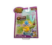 ANIMAL JAM Posh Raccoon and Pet Kitty, Yellow