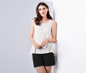 Women's Top With Embroidery, White