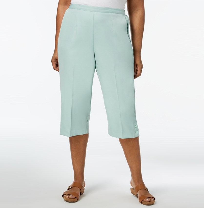 Plus Size Pull-On Capri Pants, Mint