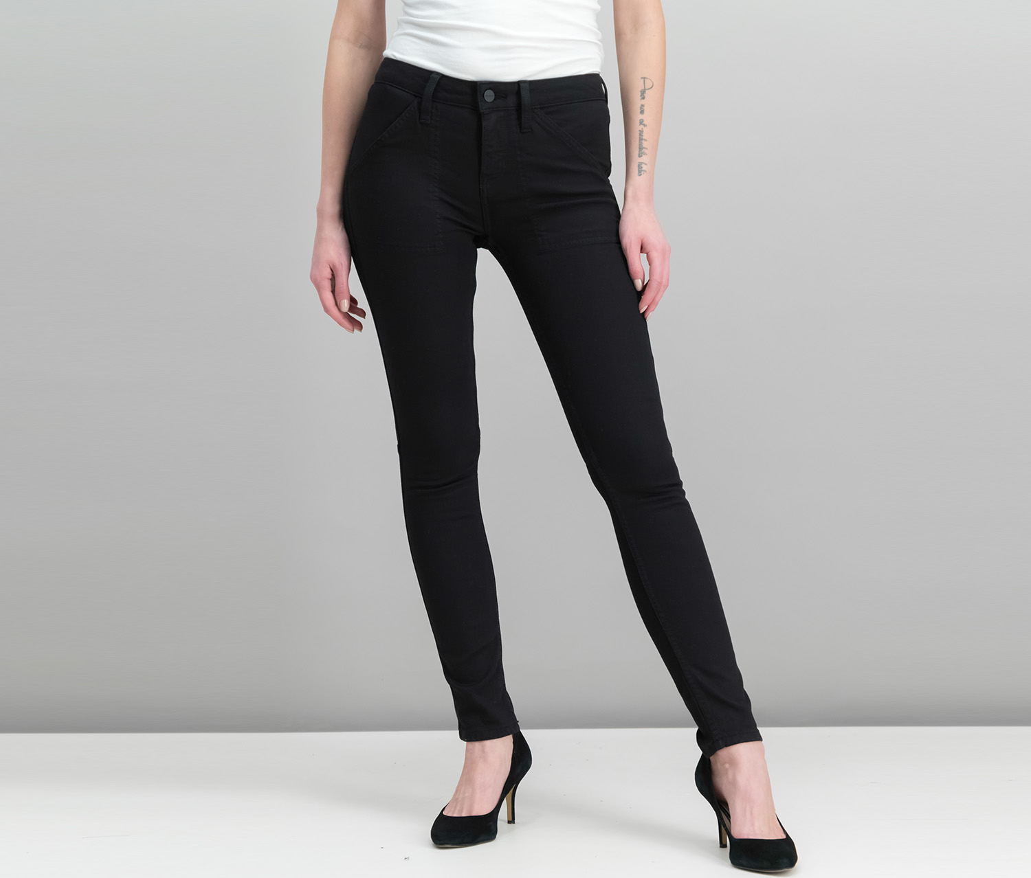Women Admiral Skinny Utility-Pocket Jeans, Black
