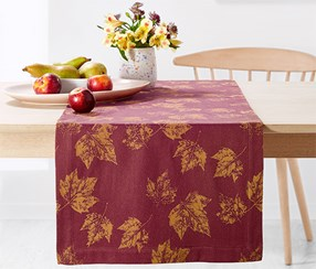 Jacquard Table Runner, Bordeaux