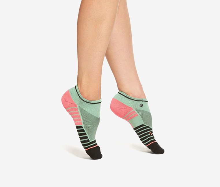 Women's Acapulco Low Ankle Sock, Pink/Black
