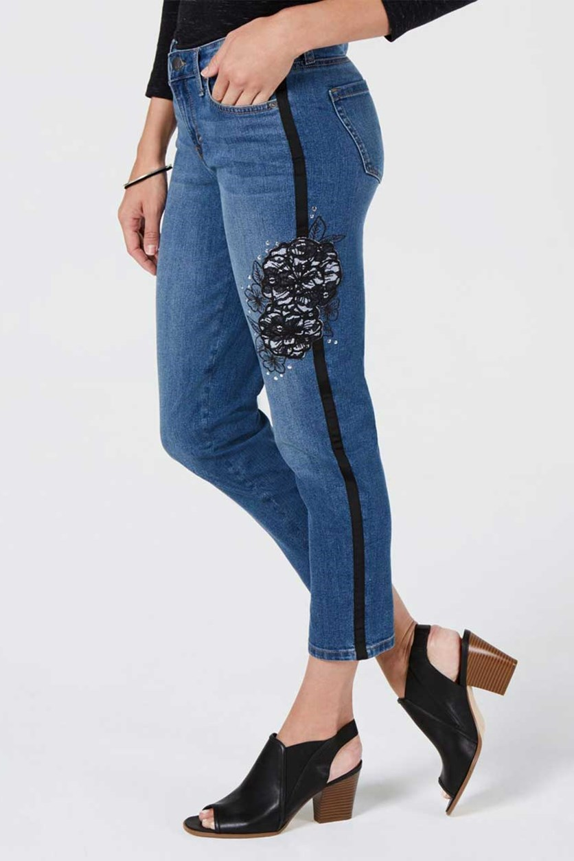 Petite Embroidered Cropped Jeans, Blue