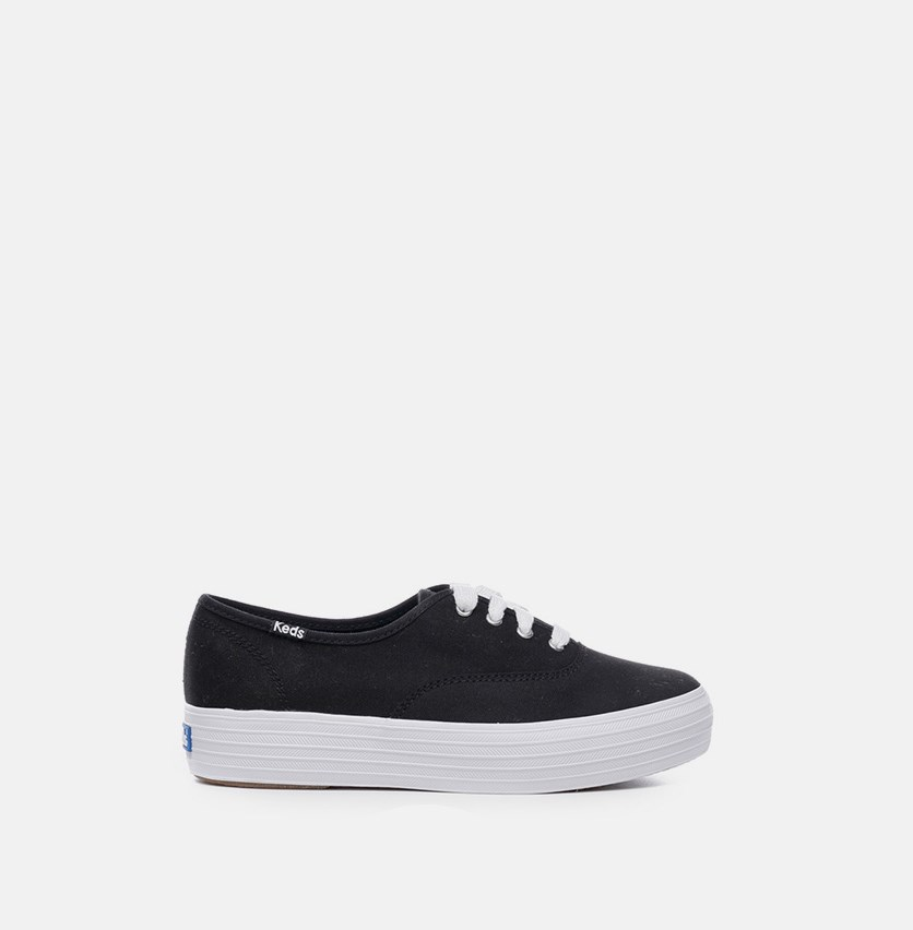 Women's Triple Sneaker, Black/White
