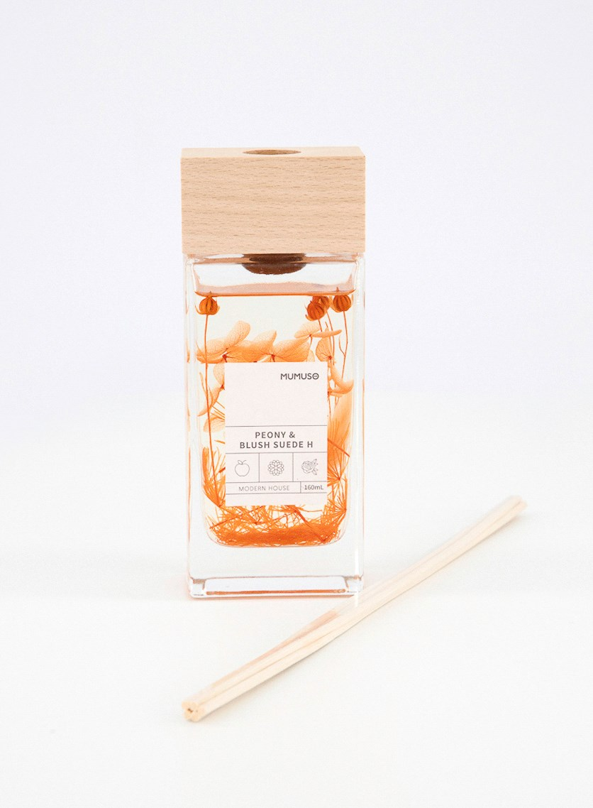 Botanical Tales Reed Diffuser Peony & Blush Suede 160ml