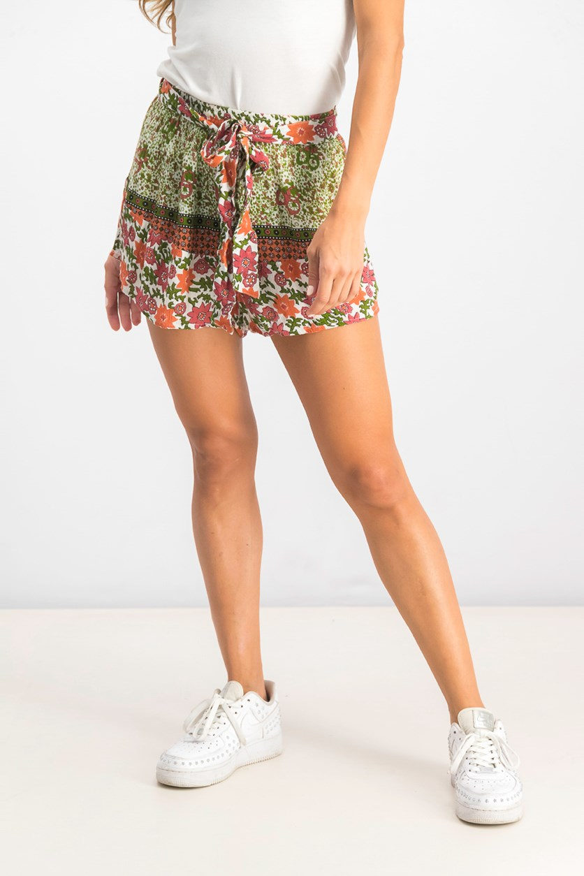 Women's Enchanted Short, Coral