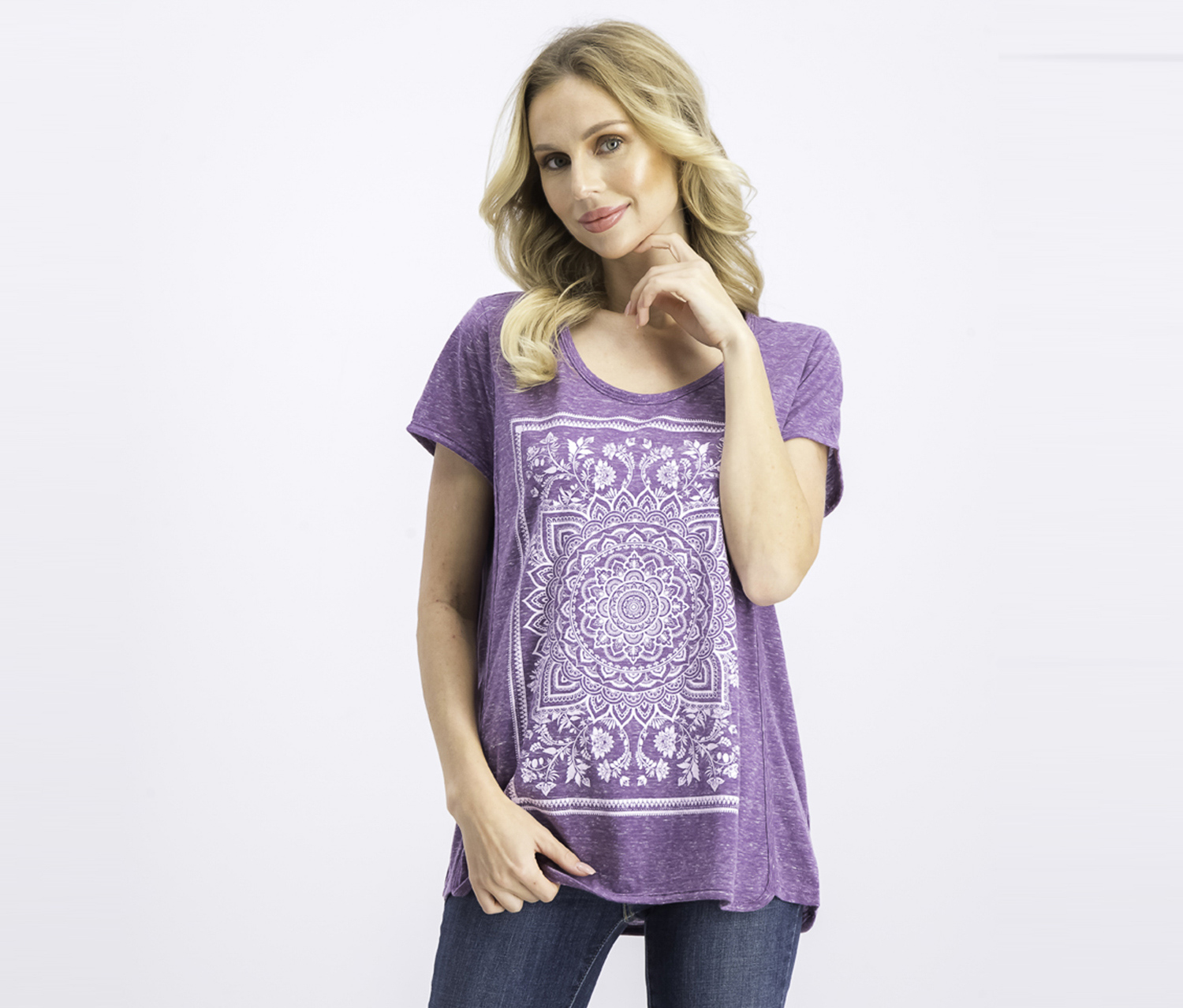 Aeropostale Womens Peacock Graphic T-Shirt