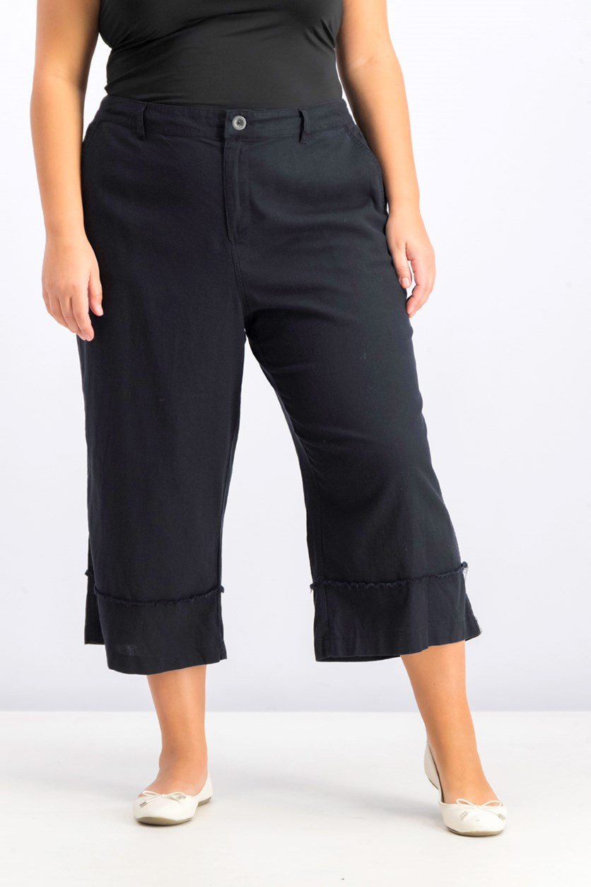 Women's Plus Size Frayed-Trim Capris, Deep Black