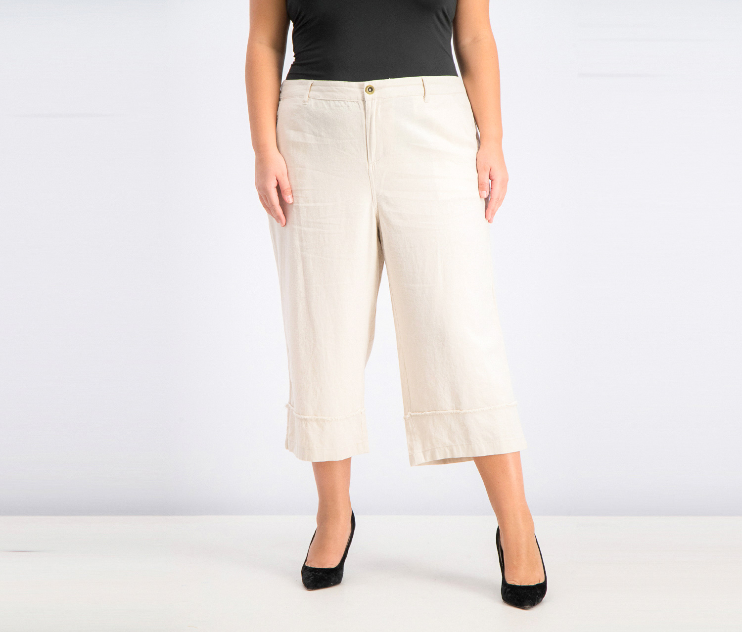 Women's Plus Size Frayed-Trim Capris, River Rock