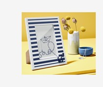 Striped picture frame with a decorative anchor, Blue/White