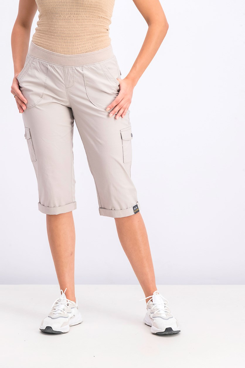 Women's Platinum Petite Patch Pocket Capri Pants, Beige
