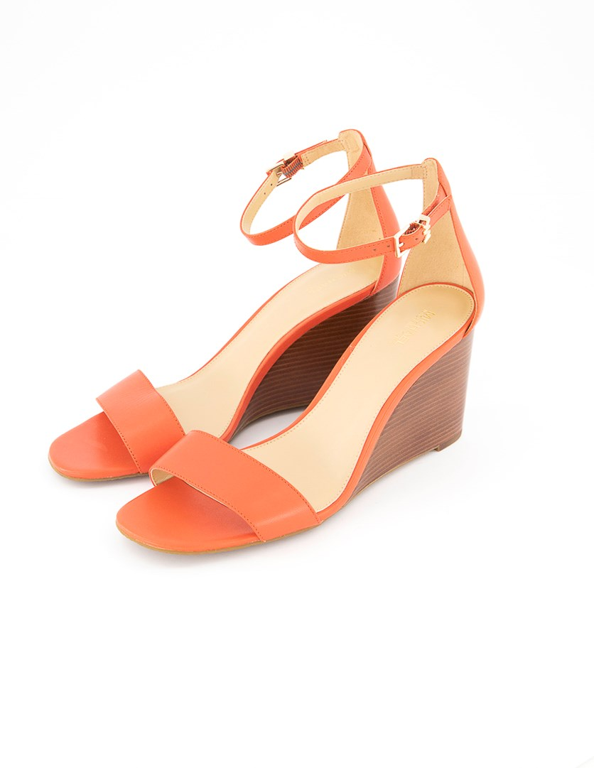 Womens Fiona Stacked Ankle Strap Wedge, Coral
