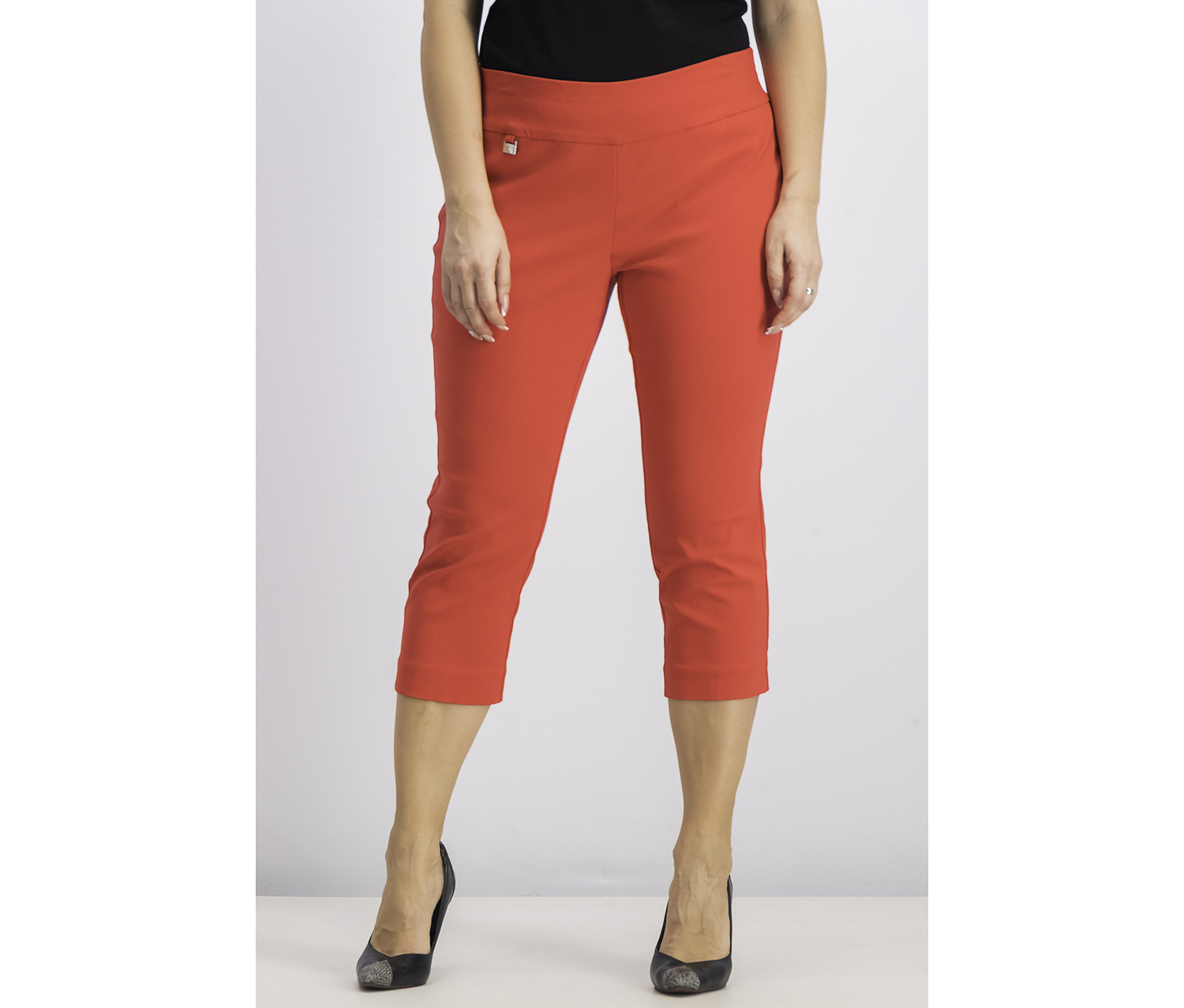 Petite Tummy-Control Pull-On Capri Pants, Chinese Red