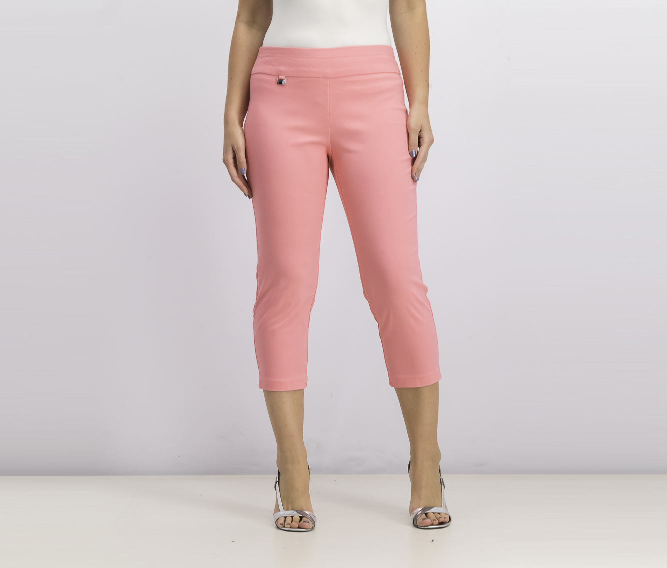 Women's Tummy-Control Pull-On Capri Pants, Milano Pink