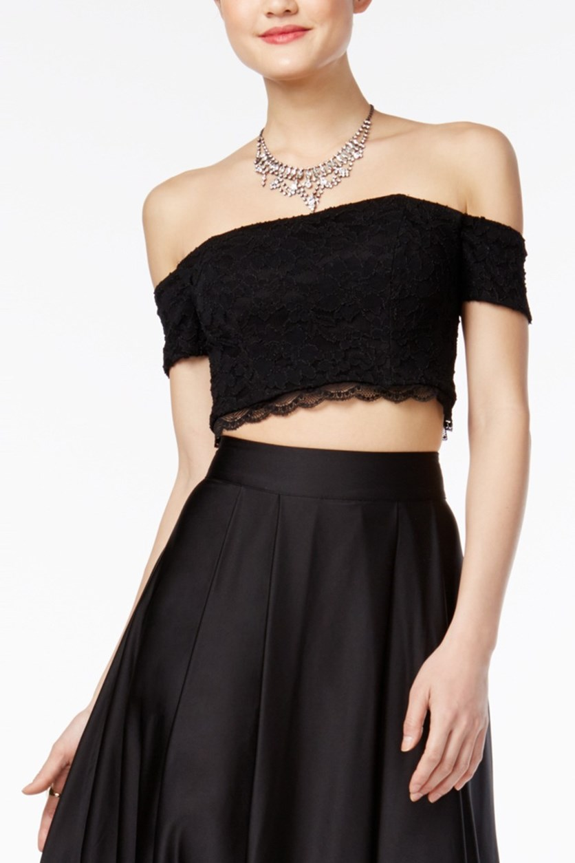 Juniors' Off-The-Shoulder Lace Crop Top, Black