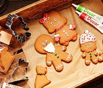 Cutter, Gingerbread Family