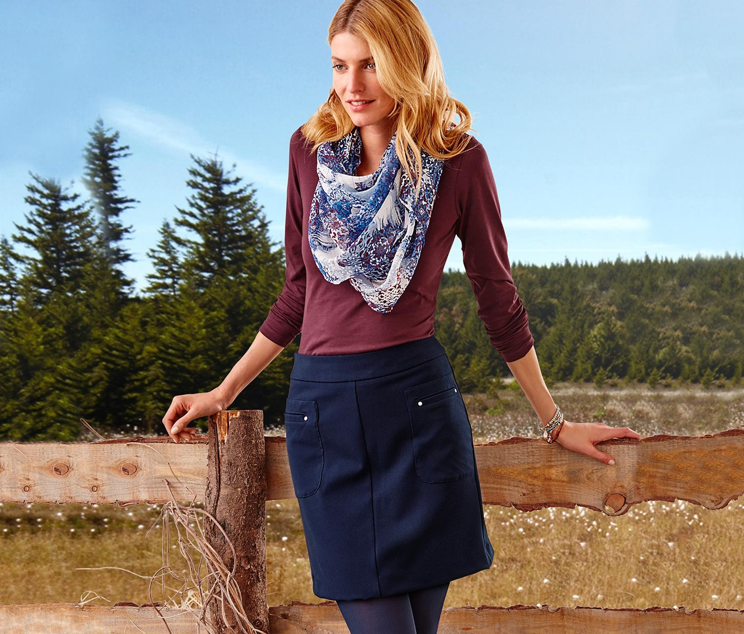 Women's Skirt, Navy blue