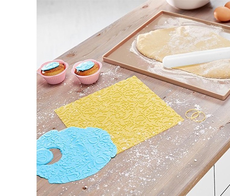 Dough Tearing Set, White/Yellow/Blue