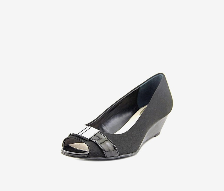 Womens Chorde Peep Toe Wedge Pumps, Black