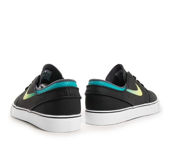 2b35b4cd0819 More Details. This is the signature shoe for Nike SB team rider Stefan  Janoski ...