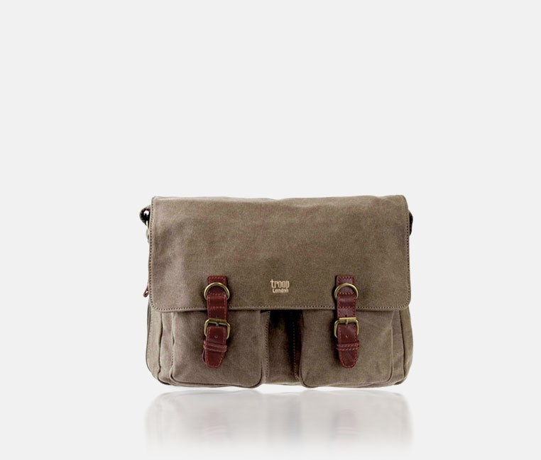 Classic Canvas Messenger Bag Brown, TRP0210